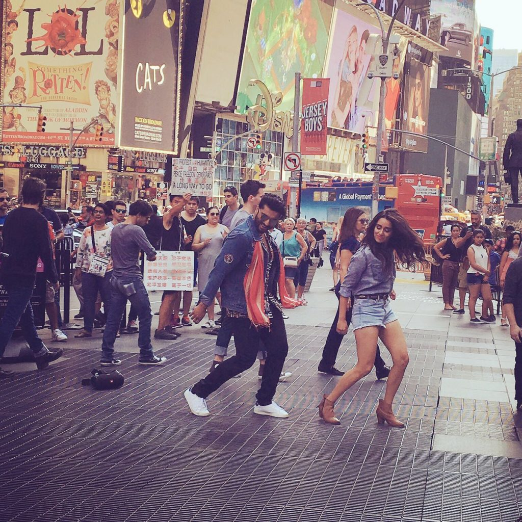 Arjun Kapoor And Shraddha Kapoor  Go Desi Dancing At Times Square