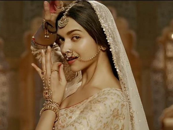 Deepika Padukone To Do Ghoomar In A Song For Padmavati